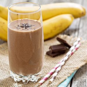 SMOOTHIE DE BANANA E PASTA DE AMENDOIM
