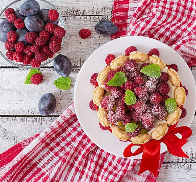 bolo-de-berries