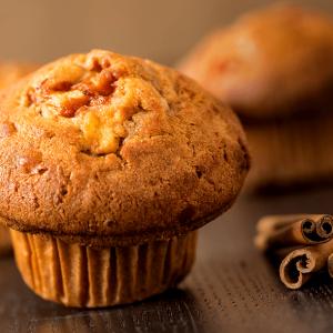 Muffin de maçã e canela sem adição de açúcar