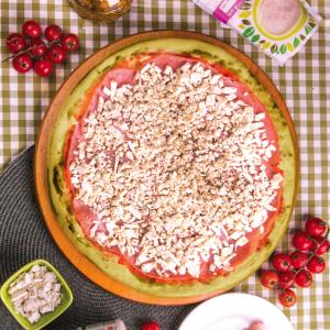 PIZZA BATATA DOCE COM PEITO DE PERU