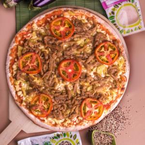 PIZZA BROTINHO DE ABOBRINHA E BERINGELA COM MASSA DE QUINOA