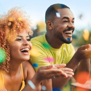 Saiba como cuidar da saúde e se preparar para curtir o Carnaval
