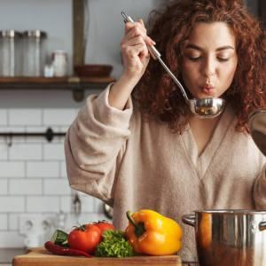 Undieting: o comer intuitivo livre das dietas da moda