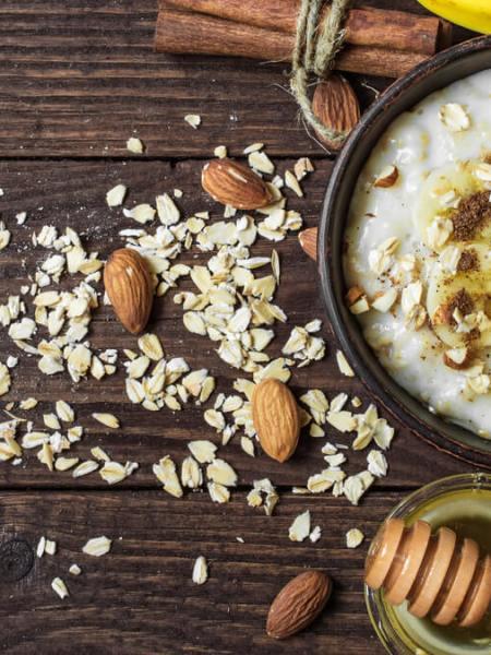 Receita de Mingau de aveia sem lactose com mel orgânico