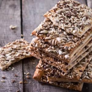Receita de Snacks integrais com gergelim, linhaça e chia